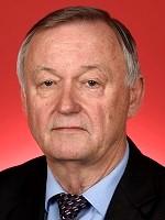 photo of Senator Alex Gallacher